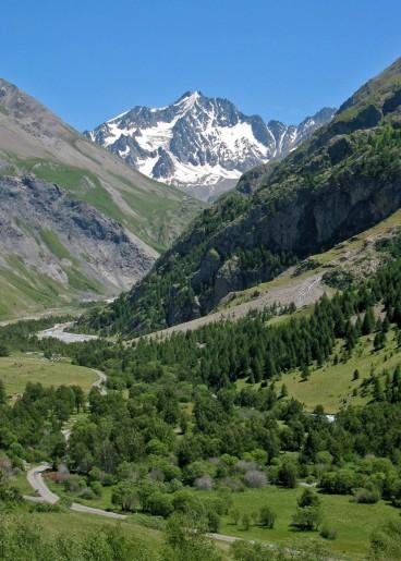 la_montagne_des_agneaux_massif_des_ecrins_vertical