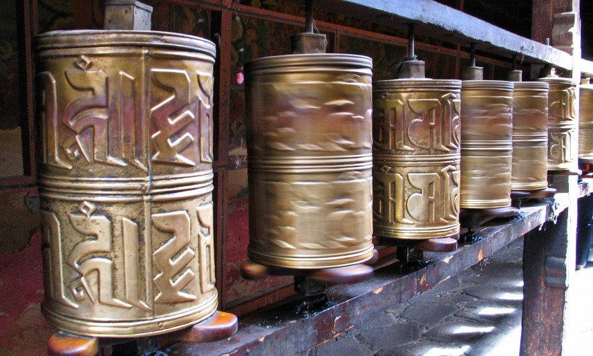 tibet_rouleau_a_prieres_tibetain