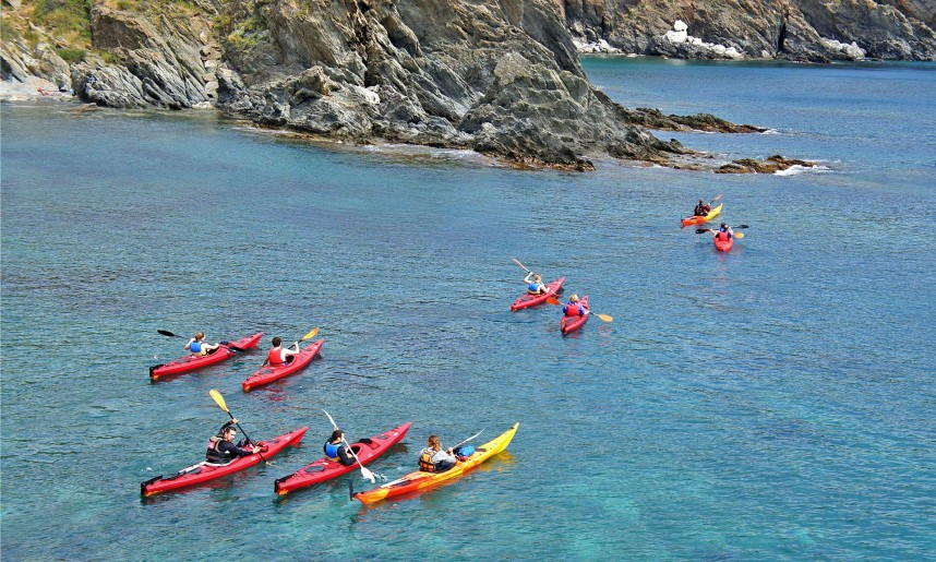 balade_kayak_de_mer_en_cote_vermeille_dans_les_pyrenees_orientales