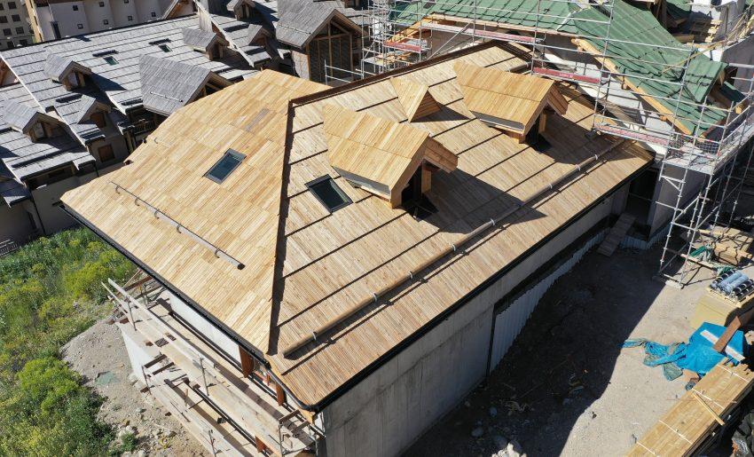 chantier_contruction_toit_meleze