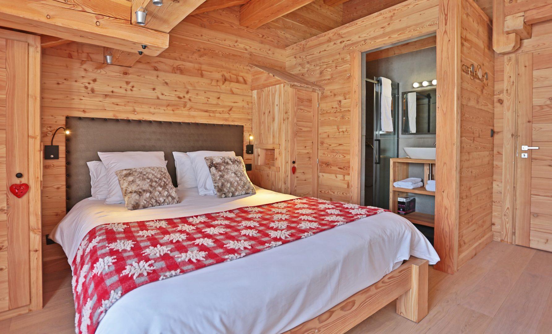 Chalet chambre avec salle de bains